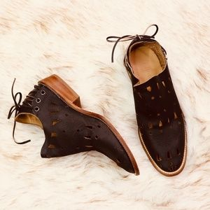"""ANTHROPOLOGIE: Musse & Cloud """"Seville"""" Booties"""